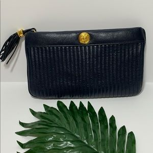 Vintage Anne Klein For Calderon Leather Clutch